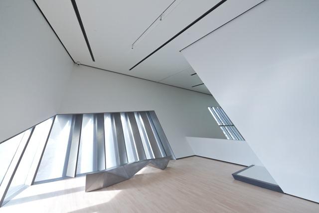 Zaha-Hadid-Architecture-Design-01