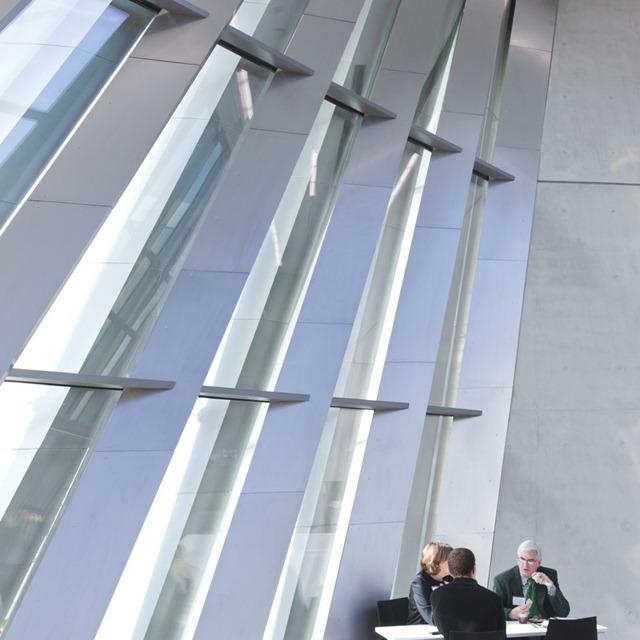 Zaha-Hadid-Architecture-Design-15-910x910
