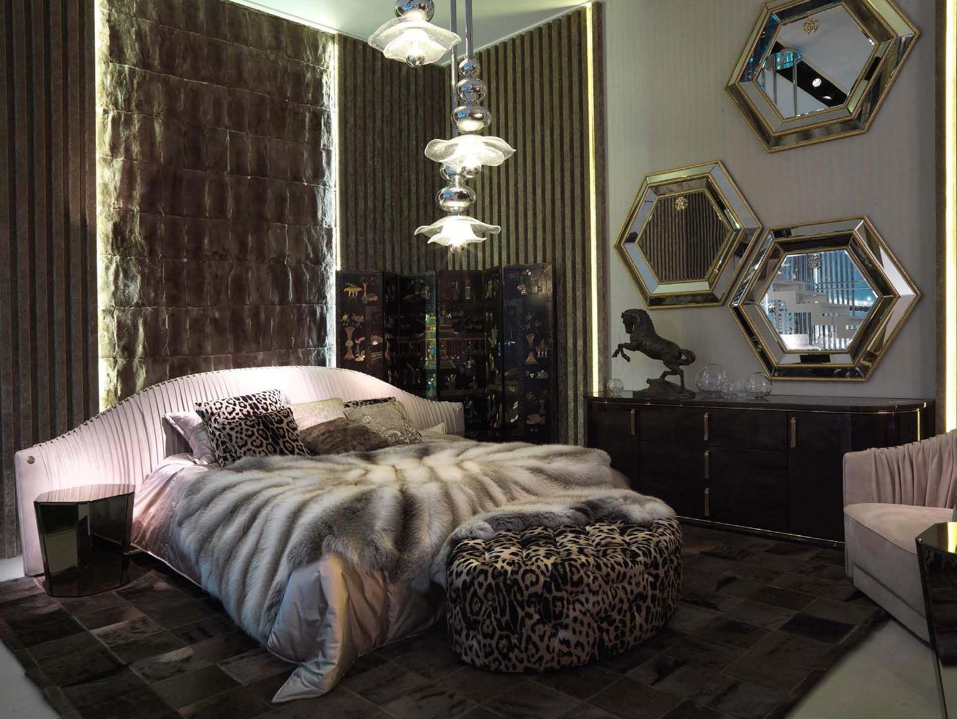 Roberto_Cavalli_Home_Interiors_Milan_Fair_2014_Page_09